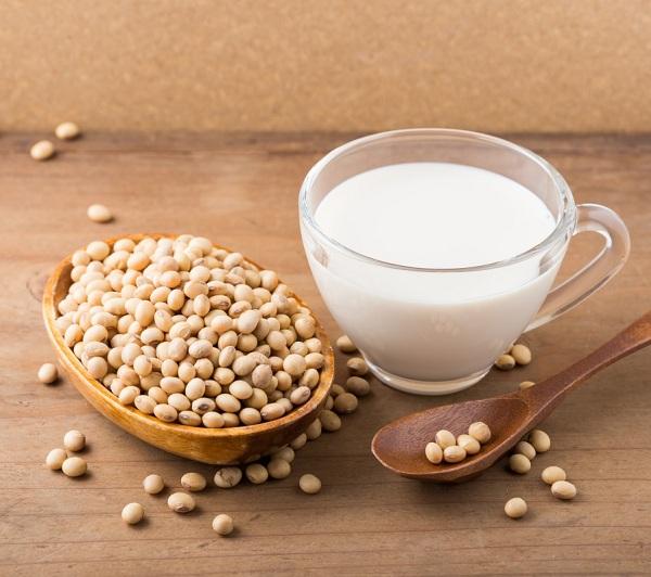 Cách pha mầm đậu nành với sữa tươi hiệu quả an toàn