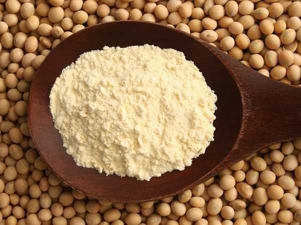 Uống mầm đậu nành có nóng không? Có nổi mụn không?