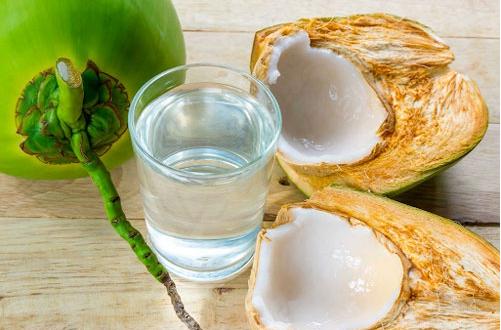 Uống nước dừa có giảm cân không? Cách uống nước dừa giảm cân tiêu mỡ bụng